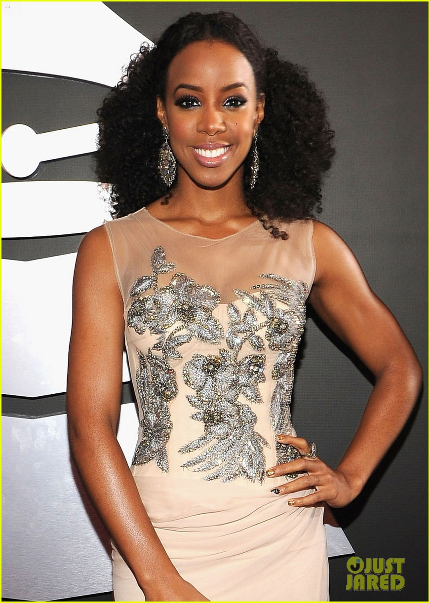 kelly rowland grammy awards 2012